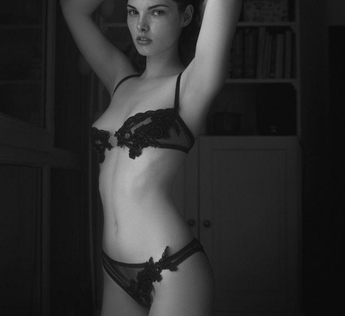 String schwarze Spitze von Fransik Dessous